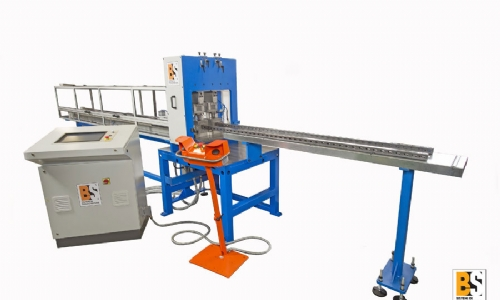 P80-2C2T Punching machine with two vertical hydraulic cylinders